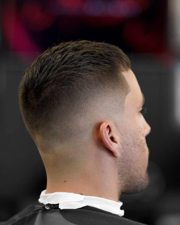 07. Having the cut hair cut allows you to feel fresh even during the most intense heat