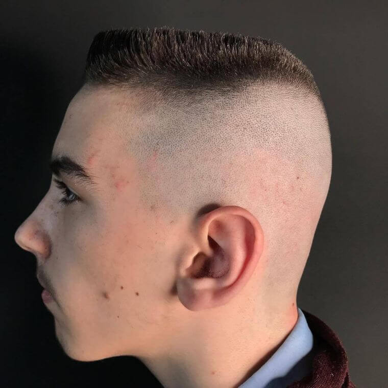 23. The trendy men's haircut 2021 can also be worn very short
