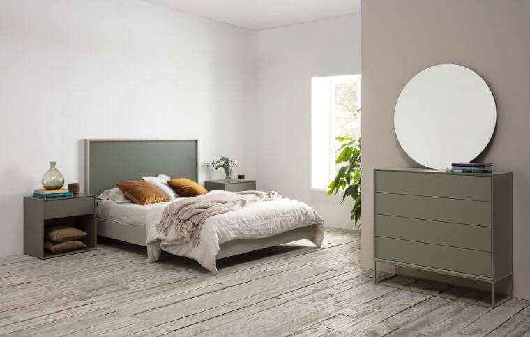 26. Pastel green is another very trendy color for the bedroom decor trend 2021