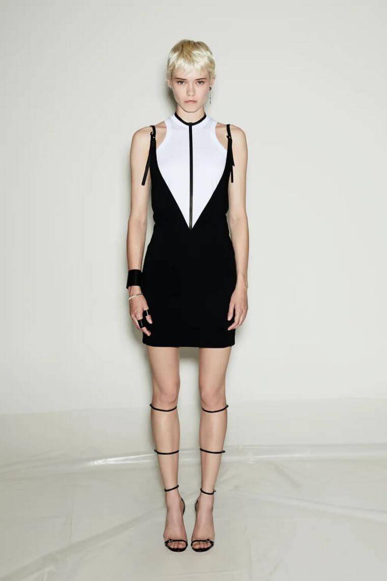 36. Elegant summer dress in black and white