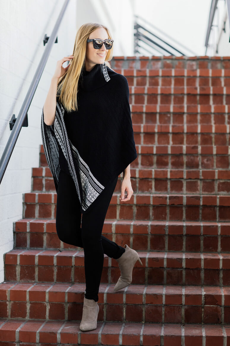 46. The elegance of the poncho is unbeatable, right?
