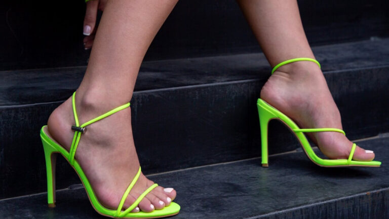 6 Ideas To Wear With Neon Green Shoes