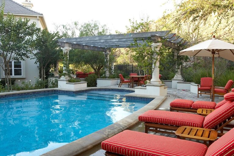 Exterior Decoration Ideas of Pool Pergola And Landscaping