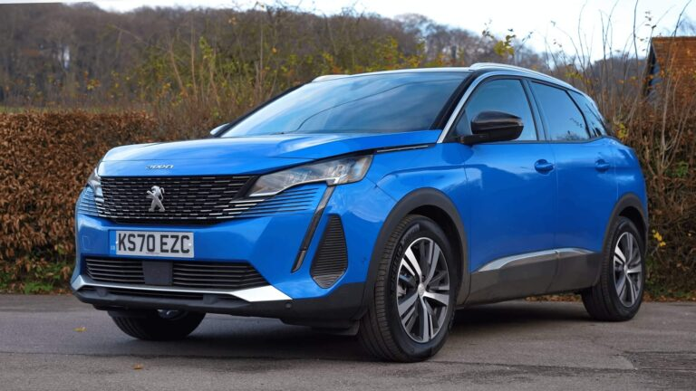 2021 New PEUGEOT 3008 The restyled SUV